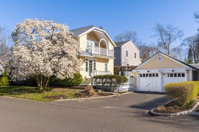 17 Lockwood Drive, Old Greenwich, CT 06870 - MLS#: 102775