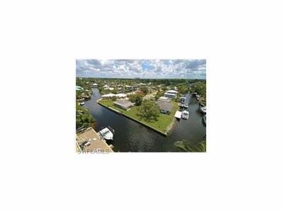 2620 Riverview Dr, Naples, FL 34112 - MLS#: 217069648