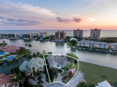 110 Egret Ave, Naples, FL 34108 - MLS#: 218041824