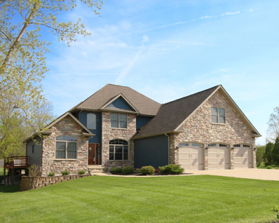 220 Golden Eagle Drive, Valparaiso, IN 46385 - MLS#: 449900