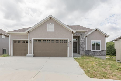 7330 NW Forest Lakes Drive, Parkville, MO 64152 - MLS#: 2076246