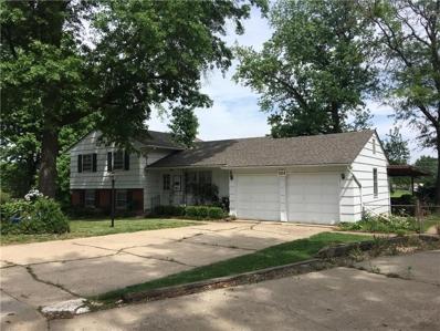 1614 NE NORTHAVEN Drive, Kansas City, MO 64118 - MLS#: 2097468
