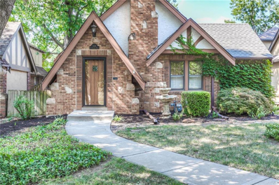 426 E Gregory Boulevard, Kansas City, MO 64131 - #: 2117673