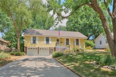 2700 NE 68th Terrace, Gladstone, MO 64119 - #: 2120173