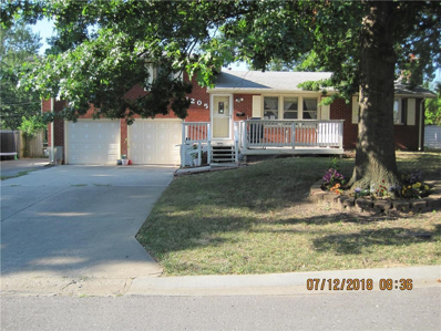 1205 NE 68th Terrace, Gladstone, MO 64118 - #: 2120927