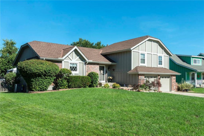 632 NE Clubhouse Drive, Lees Summit, MO 64086 - #: 2121144