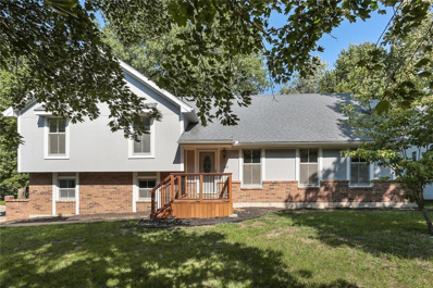 1001 NW Woodview Circle, Blue Springs, MO 64015 - #: 2126434