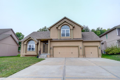 312 SE Wood Lane, Lees Summit, MO 64063 - #: 2127513