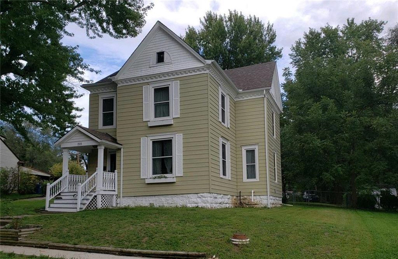 215 E Pine Street, Liberty, MO 64068 - #: 2128174