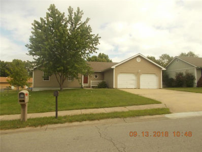 404 Oakwood Street, Harrisonville, MO 64701 - MLS#: 2129774
