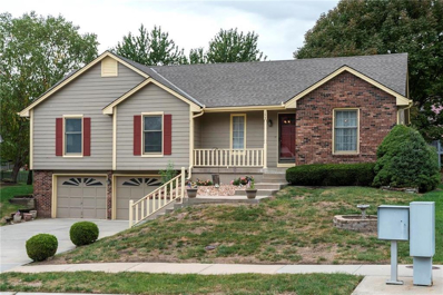 1608 NE Yorkshire Drive, Lees Summit, MO 64086 - #: 2133296
