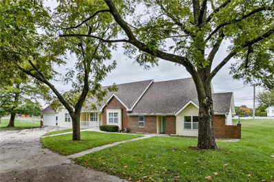 5017 NE Chouteau Drive, Kansas City, MO 64119 - #: 2134178