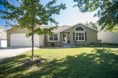 304 Sharon Drive, Lawrence, KS 66049 - MLS#: 2134959