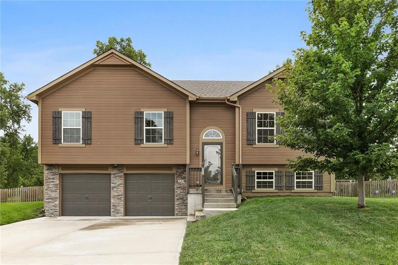 421 Wiltshire Drive, Raymore, MO 64083 - MLS#: 2135043