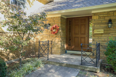 9811 Ensley Lane, Leawood, KS 66206 - MLS#: 2135133