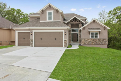 7310 NW Clore Drive, Parkville, MO 64152 - #: 2136050