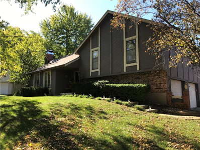 121 SW Hawaii Court, Blue Springs, MO 64015 - #: 2136997