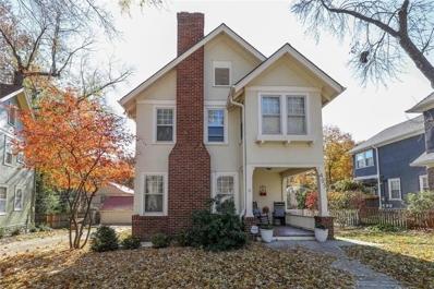 425 Greenway Terrace, Kansas City, MO 64113 - #: 2138486