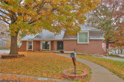 1200 NE Crestview Drive, Blue Springs, MO 64014 - #: 2139915