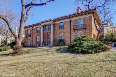 5335 Ward Parkway, Kansas City, MO 64112 - #: 2140227
