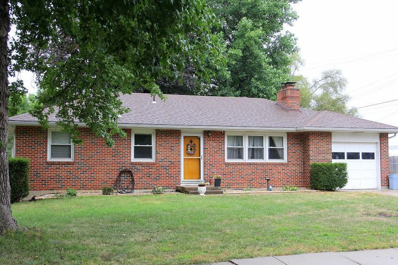520 W Walnut Street, Blue Springs, MO 64014 - #: 2140302