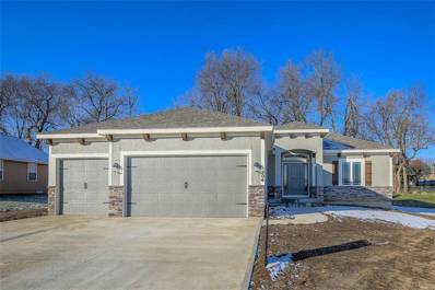 306 S Peach Tree Avenue, Lone Jack, MO 64070 - #: 2141332