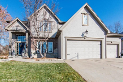 8007 Forest Park Drive, Parkville, MO 64152 - #: 2141540