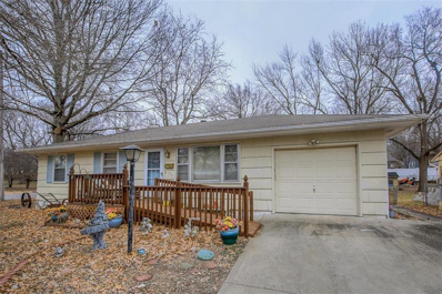 400 S Benton Street, Pleasant Hill, MO 64080 - MLS#: 2142926