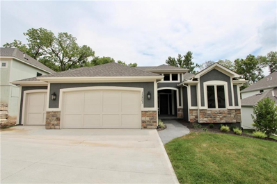 13803 Clear Creek Drive, Parkville, MO 64152 - MLS#: 2143464