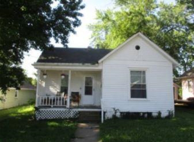 320 Jackson Street, Warrensburg, MO 64093 - #: 2144487