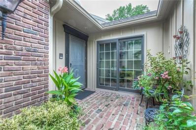 4303 W 112th Terrace, Leawood, KS 66211 - #: 2145292