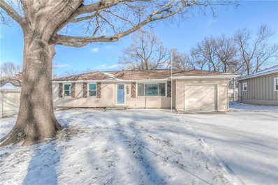 8519 Stearns Avenue, Overland Park, KS 66214 - MLS#: 2145559