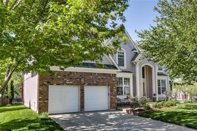 5425 W 132nd Terrace, Overland Park, KS 66209 - #: 2151231