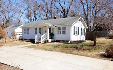 6039 Woodson Street, Mission, KS 66202 - #: 2153579
