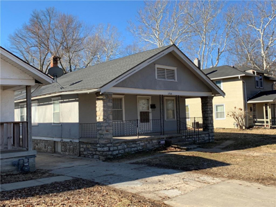 1705 E Gregory Boulevard, Kansas City, MO 64131 - #: 2154034