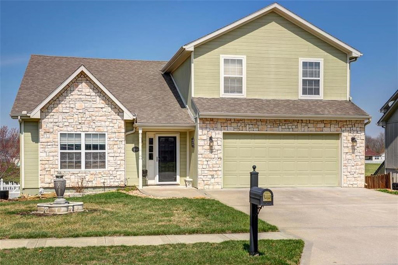 514 SW Lakeview Drive, Grain Valley, MO 64029 - #: 2156392