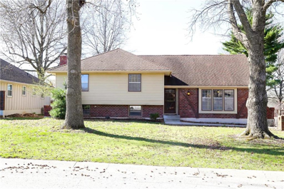 1004 SW Twilight Lane, Blue Springs, MO 64015 - MLS#: 2158440