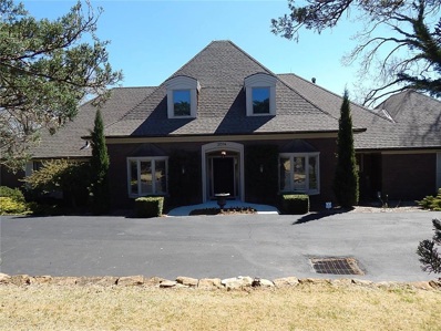 2014 Kasold Drive, Lawrence, KS 66047 - #: 2158749