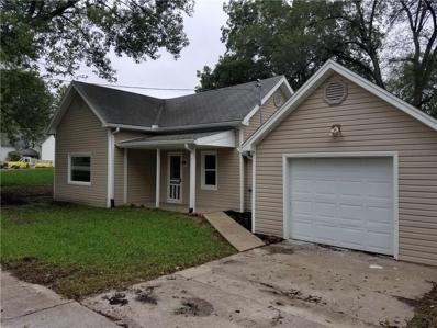 102 S Prospect Street, Kearney, MO 64060 - #: 2159194