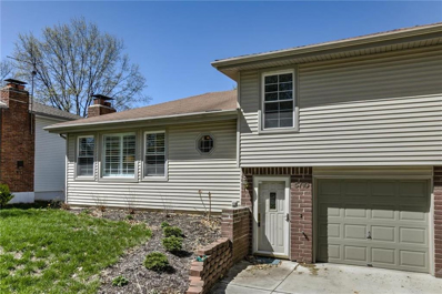 5710 NW High Hill Street, Parkville, MO 64152 - #: 2159359