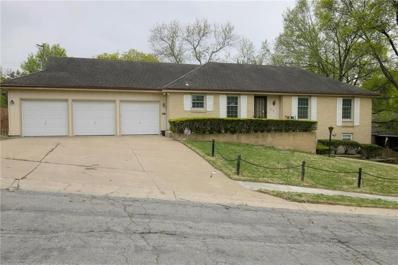 817 W Country Lane, Kansas City, MO 64114 - #: 2159569