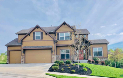 5889 S National Drive, Parkville, MO 64152 - #: 2159832