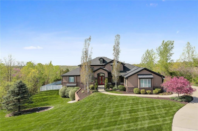 7105 NW Scenic Drive, Parkville, MO 64152 - MLS#: 2160736