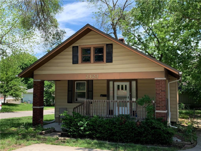 2423 S Lees Summit Road, Independence, MO 64055 - #: 2161191