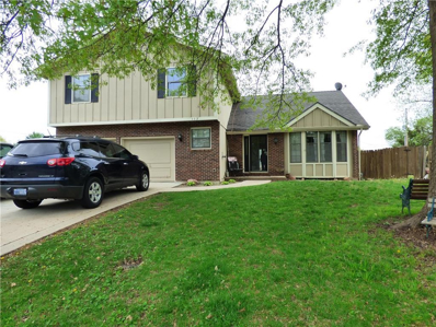 113 Crestview Court, Lansing, KS 66043 - #: 2162043