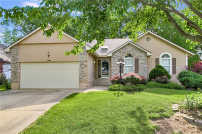 800 NE Ridge Creek Drive, Blue Springs, MO 64014 - MLS#: 2162988