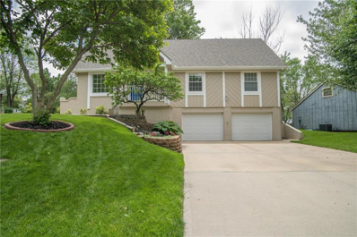 4001 SW Hidden Cove Court, Lees Summit, MO 64082 - #: 2166435