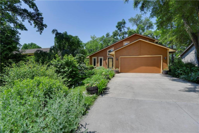 5818 W 49th Street, Mission, KS 66202 - #: 2169367