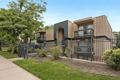 4143 Roanoke Road UNIT 4, Kansas City, MO 64111 - #: 2170148