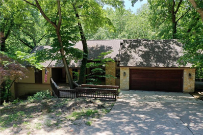 5220 NW Bluff Drive, Parkville, MO 64152 - MLS#: 2173967